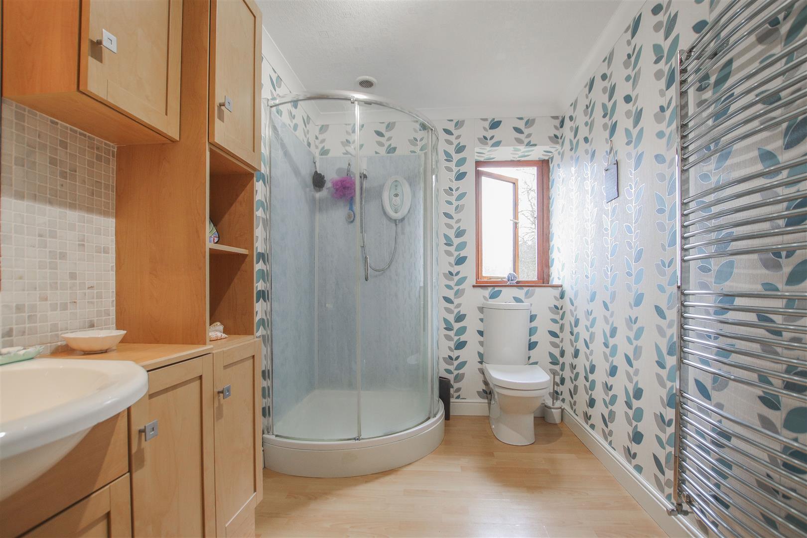 4 Bedroom Detached House For Sale - 30.JPG